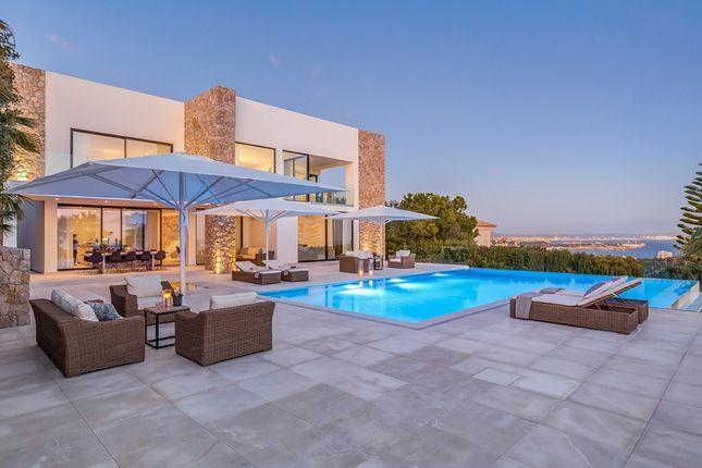 Villa for sale in Spain, Mallorca, Calvià, Golf Bendinat