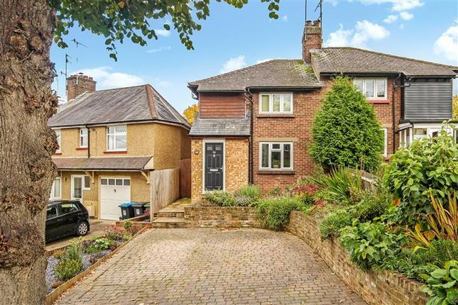 Thumbnail Semi-detached house to rent in Woodlands Avenue, Berkhamsted