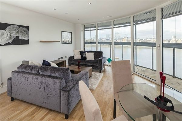 Thumbnail Flat for sale in Admirals Tower, Dowells Street, Greenwich, London