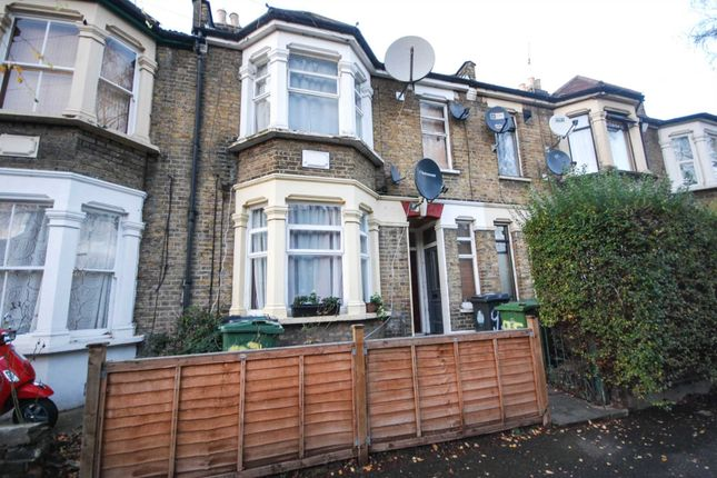 Thumbnail Flat for sale in Scotts Road, London