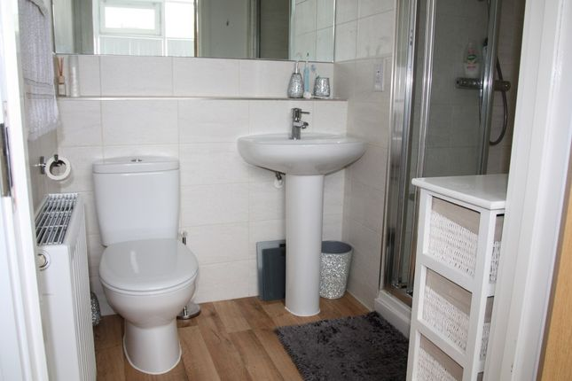 Ensuite of George Place, Plymouth PL1