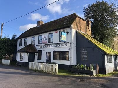Thumbnail Pub/bar to let in Cricketers Inn, Longparish, Andover, Hampshire
