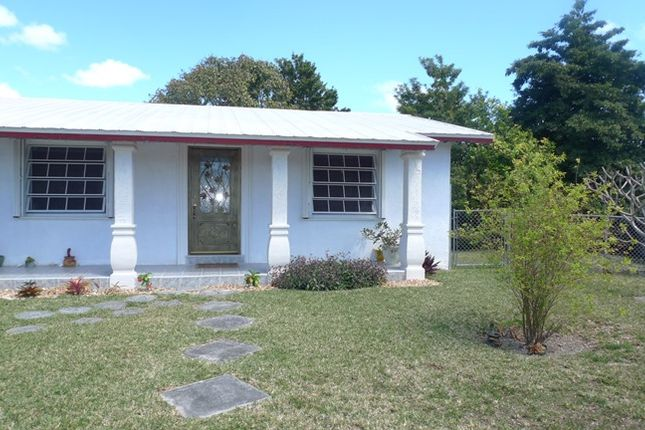 3 bed property for sale in Coral Reef Estates, Grand Bahama, The Bahamas