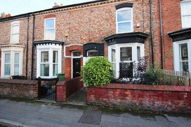 3 bed terraced house to rent in Fountayne Street, York YO31