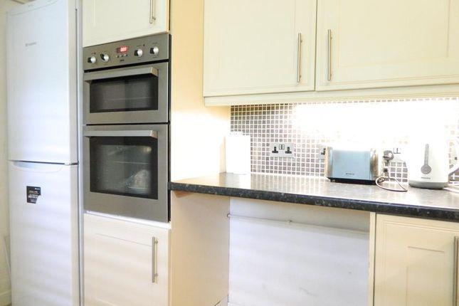 Kitchen Alt of Poplar High Street, London E14