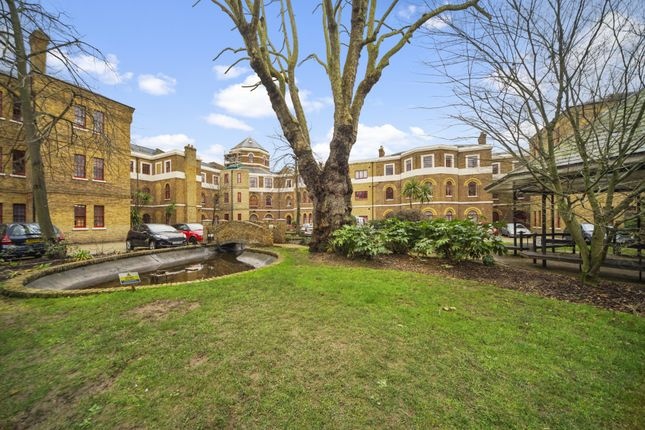 Photo of Osterley Gardens, Chevy Road UB2
