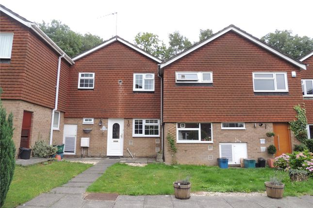 Thumbnail Property to rent in Charlton Gardens, Coulsdon
