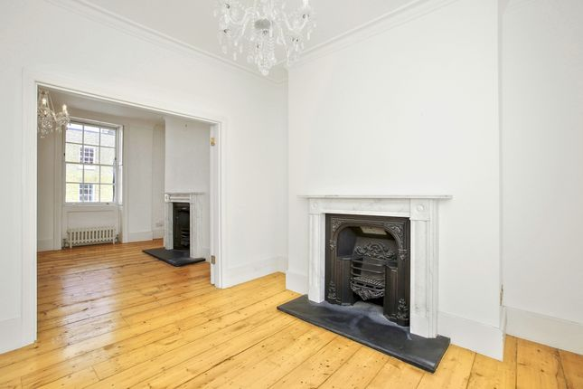 Thumbnail Terraced house to rent in Charlton Place, London