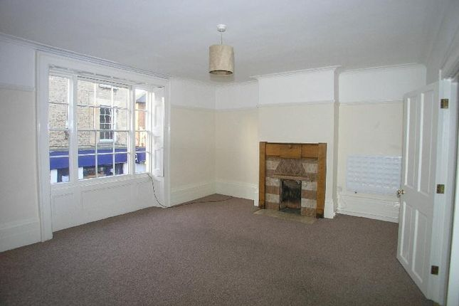 Flat to rent in St. Pauls Street, Stamford