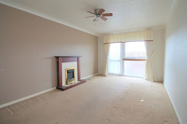 Lounge of Cokeham Road, Sompting, Lancing BN15