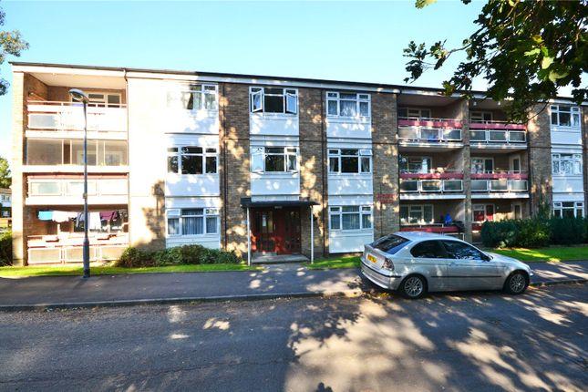 2 bed flat for sale in Boveney House, Segsbury Grove, Bracknell, Berkshire
