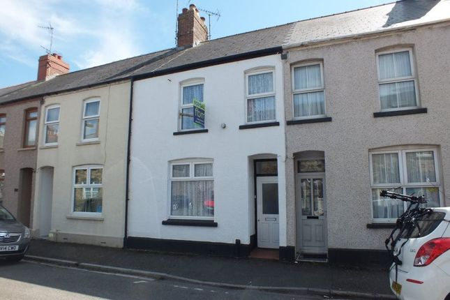 Thumbnail Terraced house to rent in Warwick Road, Milford Haven, Pembrokeshire