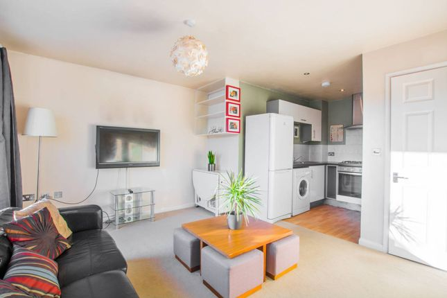 Thumbnail Flat to rent in Clipper Way, Lewisham, London