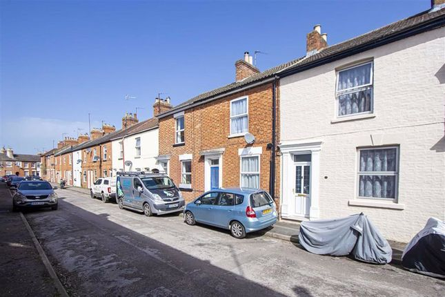 Thumbnail Terraced house for sale in Wallace Street, New Bradwell, Milton Keynes