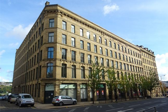 Picture No. 25 of Broadgate House, 2 Broad Street, Bradford, West Yorkshire BD1