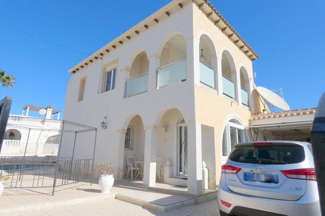4 bed villa for sale in Villamartin, Valencia, Spain