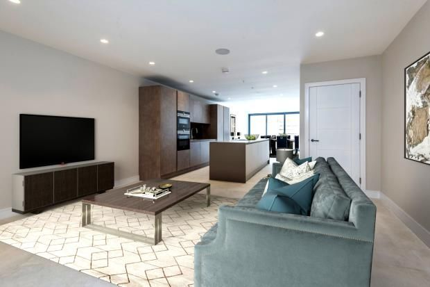 Thumbnail Property for sale in Eastern Road, Fortis Green, London