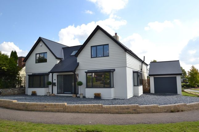 Thumbnail Detached house for sale in Carnaby Road, Broxbourne