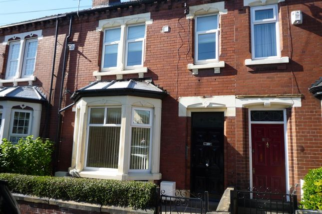 Thumbnail Flat to rent in Leake Street, Castleford