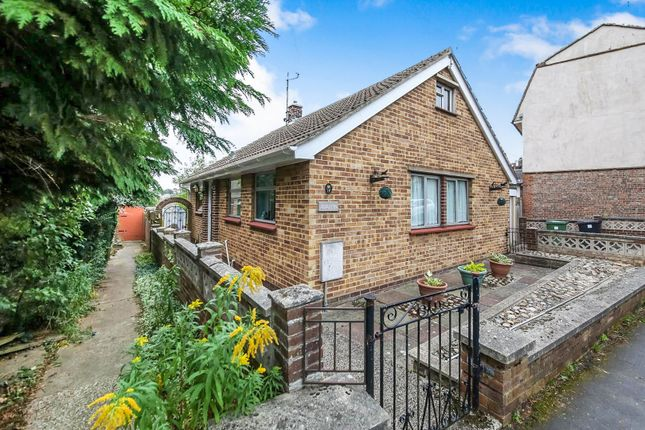 Thumbnail Detached bungalow for sale in Weavers Row, Halstead