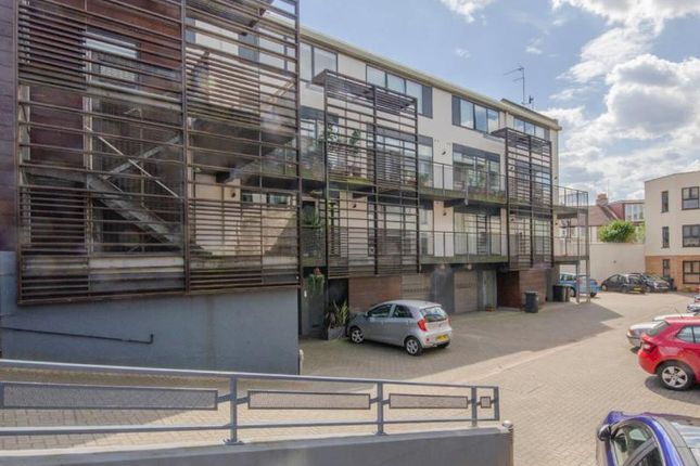 Thumbnail Terraced house for sale in Audora Court, The Campsbourne