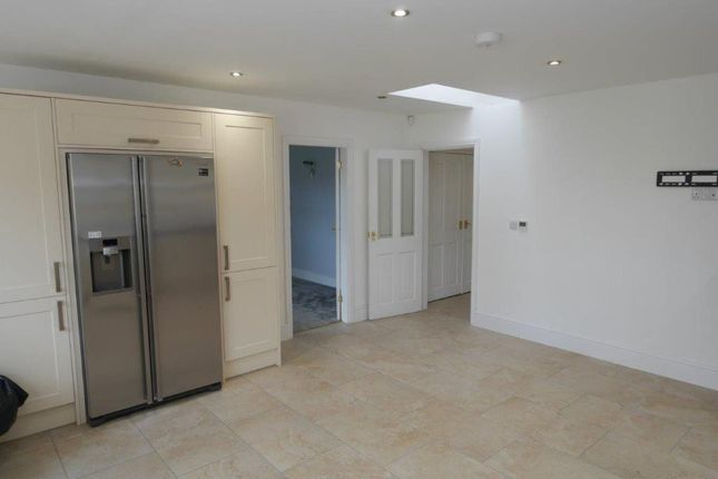 Thumbnail Bungalow to rent in Willow Cottage, Merrylees Road