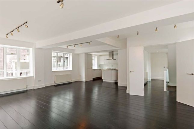 4 bed property to rent in Ormonde Court, St John's Wood, London NW8
