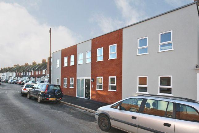 Thumbnail Flat for sale in Park Road, Folkestone