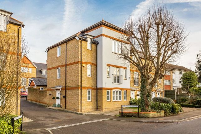 Thumbnail Property for sale in Langley Park Road, Sutton