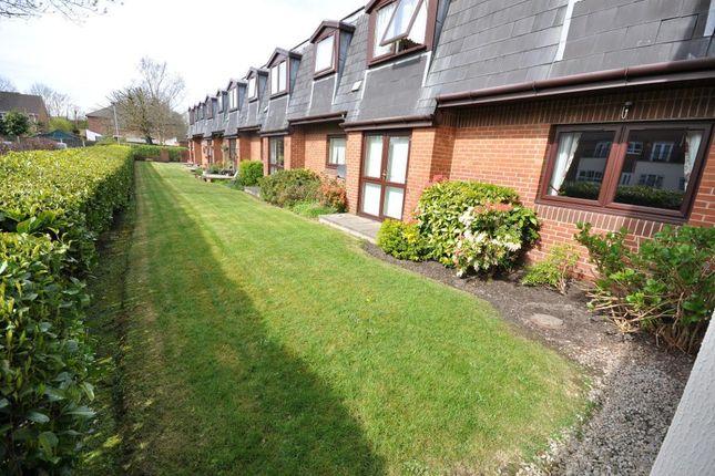Photo 12 of Hanover Court, Village Green Lane, Preston, Lancashire PR2