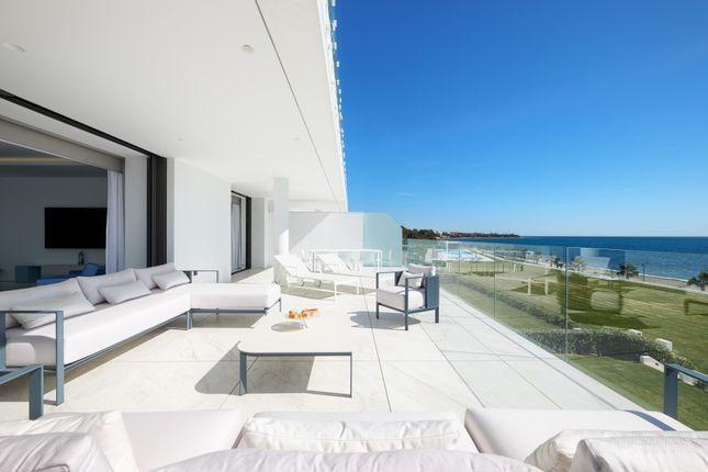 Thumbnail Apartment for sale in Bahia De La Plata, Calle Del Mare Nostrum, 42, 29689 Estepona, Málaga, Spain