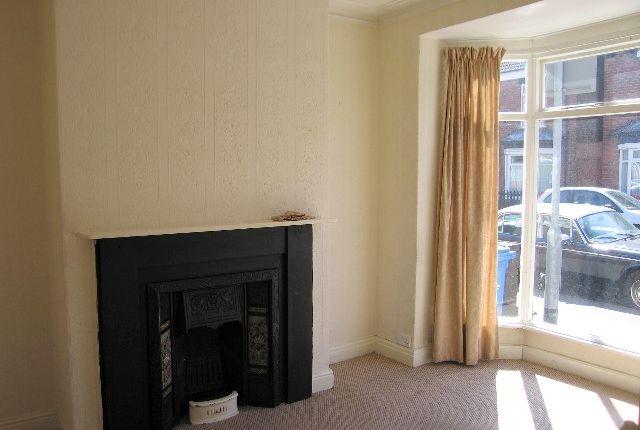 Lounge of Newstead Street, Hull HU5