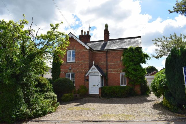 Thumbnail Cottage for sale in Main Street, Leire, Lutterworth