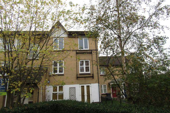 Flat to rent in Penny Lane Way, Hunslet, Leeds