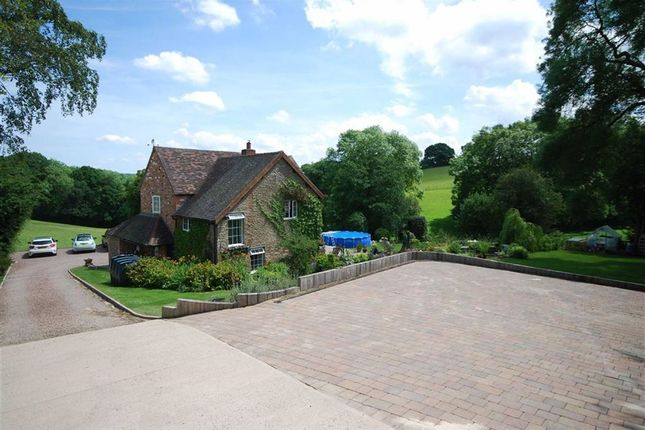 Thumbnail Detached house for sale in Bromyard Road, Cradley Malvern, Herefordshire
