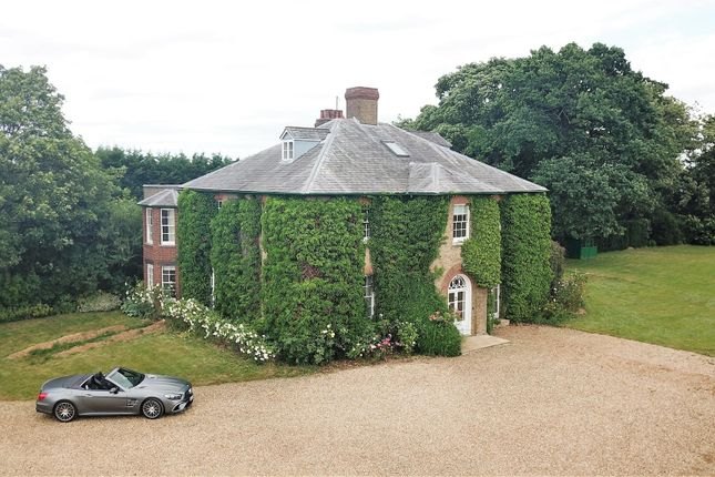 Thumbnail Farmhouse for sale in Lower End, Wavendon, Milton Keynes
