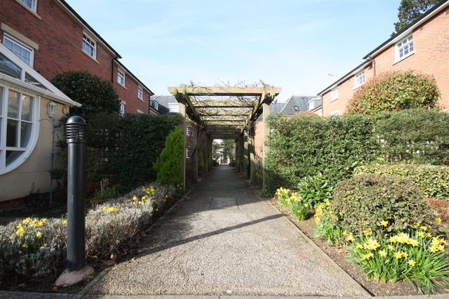 Thumbnail Town house for sale in John Cullis Gardens, Leamington Spa