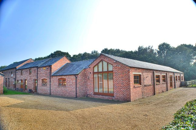 6 bed barn conversion for sale in Holmes Chapel Road, Congleton