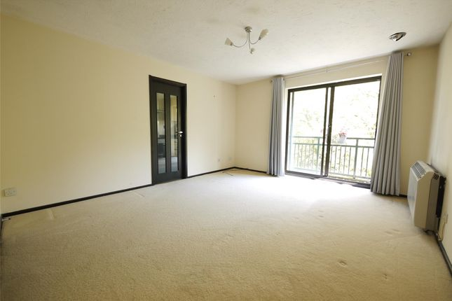 Thumbnail Flat to rent in Barnston Way, Hutton, Brentwood