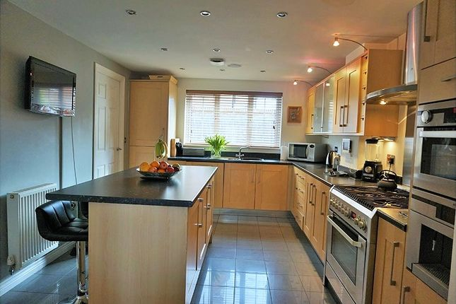 Thumbnail Detached house for sale in Greensand View, Woburn Sands