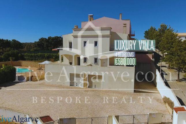 Spectacular Villa In The Housing Area Of Belavista, Parchal