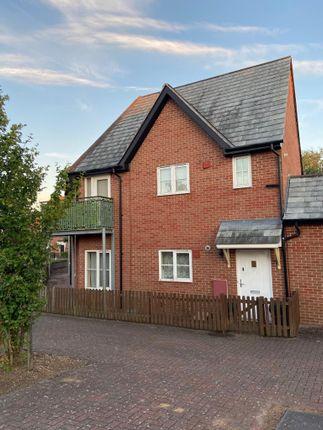 Thumbnail Flat for sale in Bucksherd Close, Cambridge, Cambridgeshire