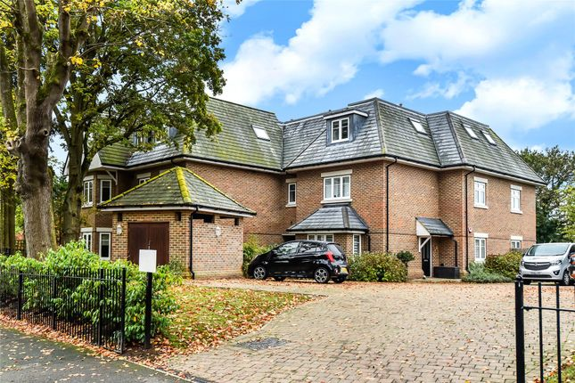 Thumbnail Flat for sale in The Avenue, Camberley, Surrey