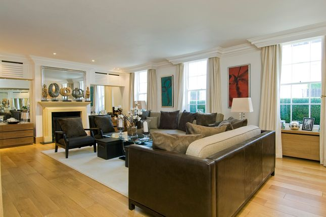 Thumbnail Terraced house to rent in Lyall Mews, London