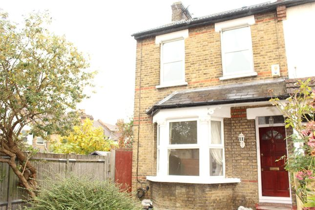 Thumbnail Semi-detached house to rent in Broadway Avenue, Croydon, Surrey