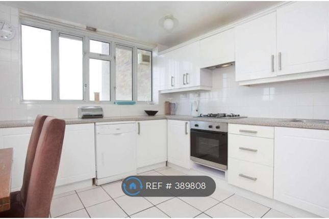Thumbnail Flat to rent in Overhill Road, London