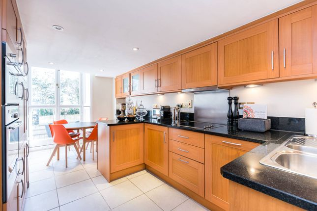 Thumbnail Flat for sale in Queens Gate, South Kensington