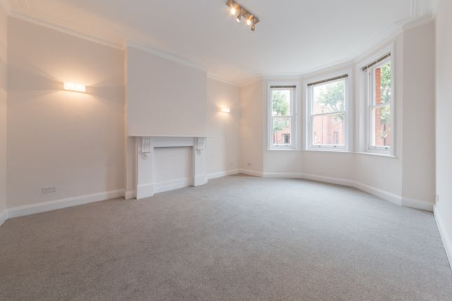 3 bed duplex to rent in Saltram Crescent, Maida Vale