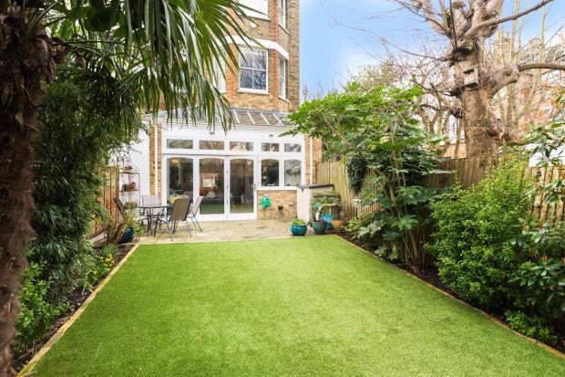 Picture No. 25 of Hornsey Lane Gardens, Highgate, London N6
