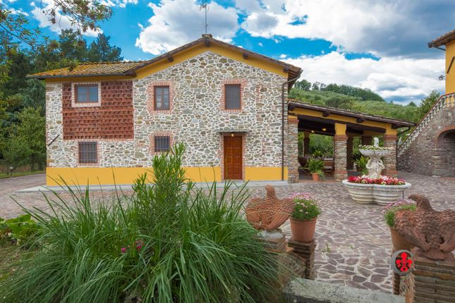 Thumbnail Farmhouse for sale in Lappato, Capannori, Lucca, Tuscany, Italy